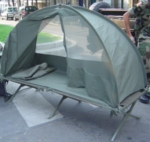 French_portable_field_bed
